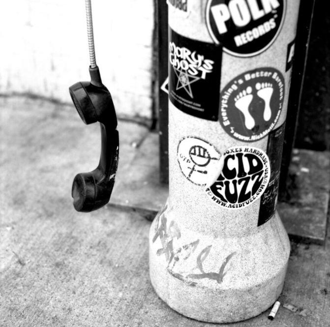 Pay-Phone image