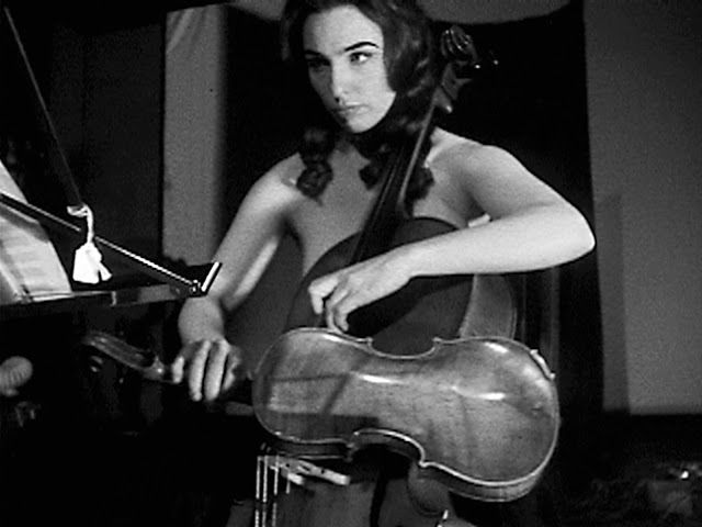 Charlotte Moorman - The Topless Cellist