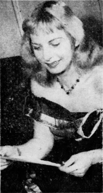 Dorothy Lawlor Reading Letters