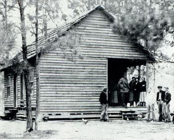 Picture of the Crawfords' cabin in Pearl River, Louisiana.