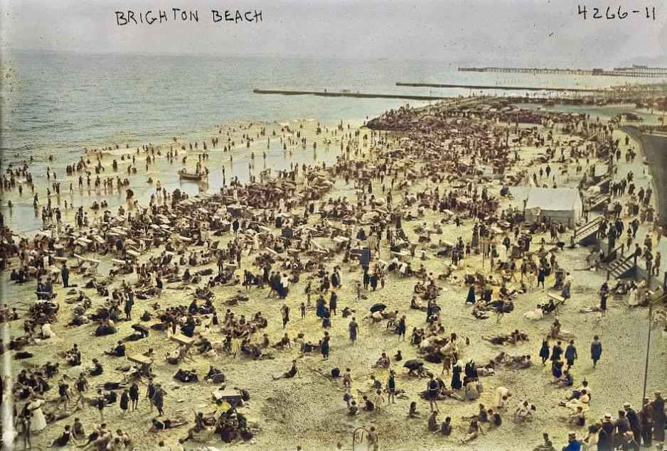 Image of Brighton Beach taken between 1915 and 1920.