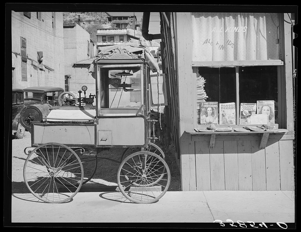 Popcorn Stand in Globe Arizona in 1940