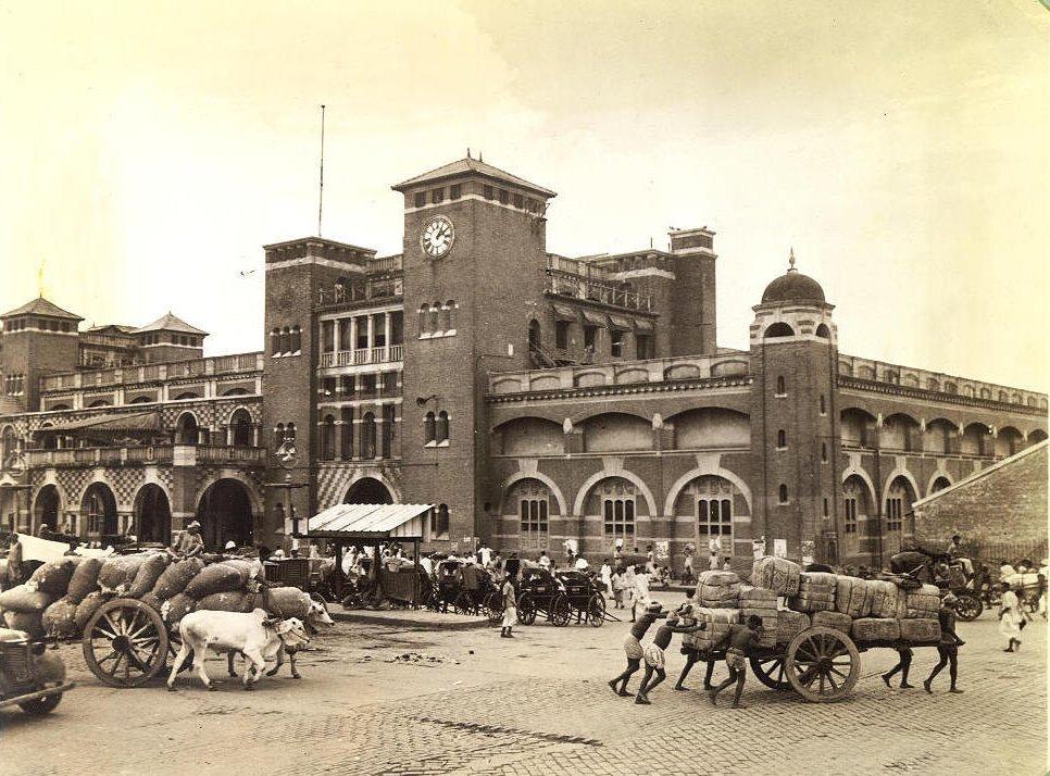 Howrah Railway Station circa 1945
